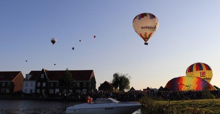 Topdrukte tijdens sfeervolle Ballon Fiësta Meerstad 2018