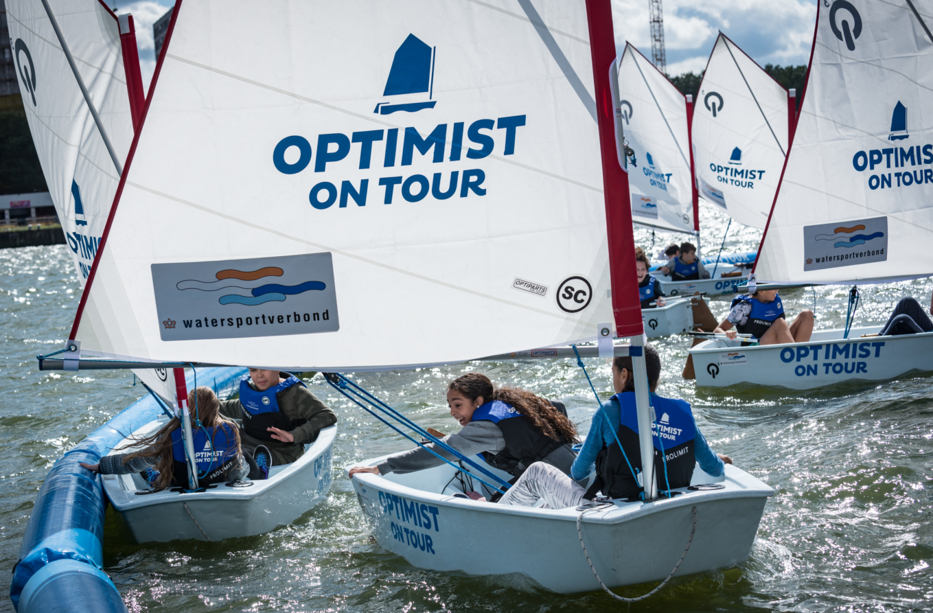 Maak gratis kennis met watersport tijdens de Optimist on Tour in Meerstad